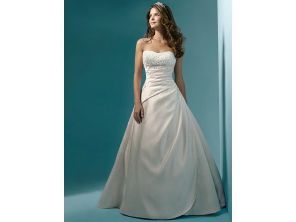 Alfred Angelo 1136, $250 Size: 10 | New (Un-Altered) Wedding Dresses