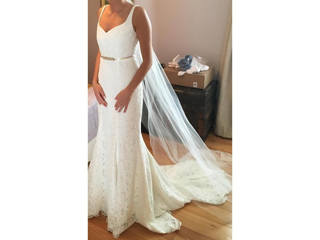 Nicole miller janey gown 810 size 4 used wedding dresses for Nicole wedding dress prices