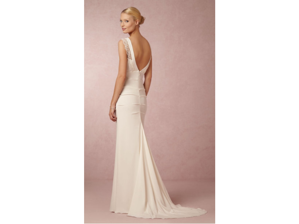 Nicole Miller Alexis Bridal Gown 550 Size 6 Used