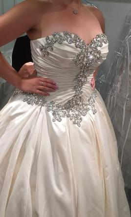 2f1fa88b767b Pnina Tornai 33274192 Wedding Dress | New (Un-Altered), Size: 10, $6,000