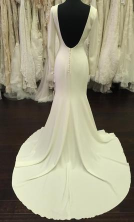 Pronovias Ivania 1 500 Size 8 Sample Wedding Dresses