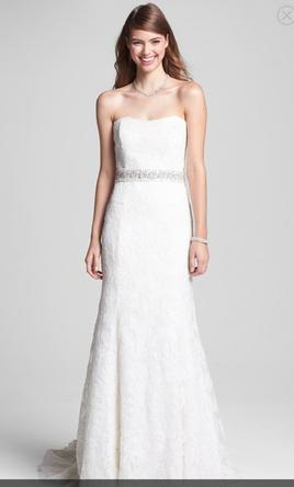 Monique Lhuillier Strapless Lace Wedding Dress with Beaded Waist 8