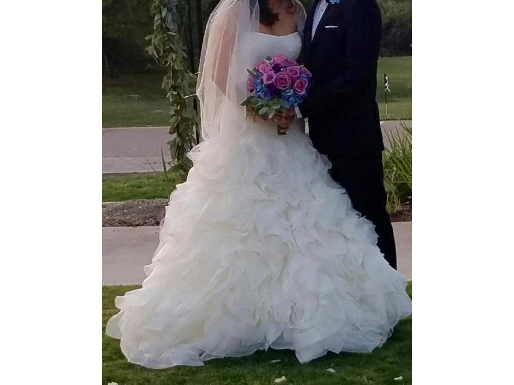 Vera wang white white by organza and satin wedding dress for Vera wang wedding dress used