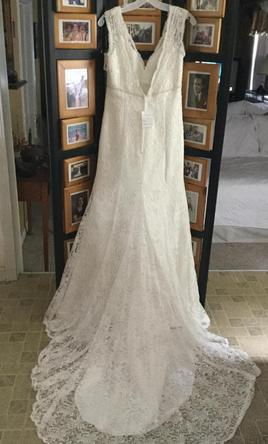 Pin It David S Bridal All Over Beaded Lace Trumpet Wedding Dress 10