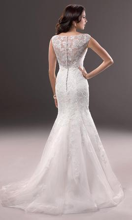 Wedding dresses and wedding gowns listed by brides for a cause for Maggie sottero grace kelly wedding dress