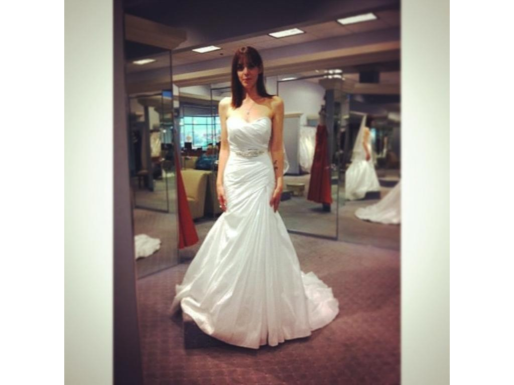 Alfred Angelo $875 Size: 2   New (Un-Altered) Wedding Dresses