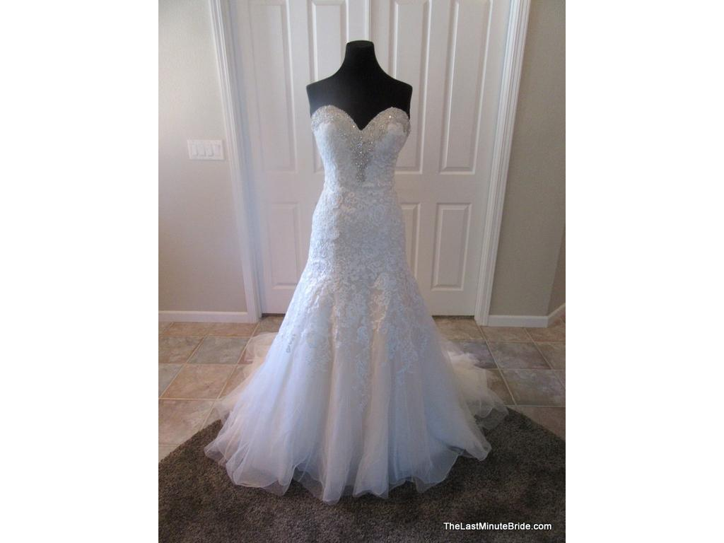 Bonny 500 825 size 10 new un altered wedding dresses for Wedding dresses for 500 or less