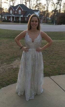 Other lurelly doree 900 size 4 new un altered for Silver wedding dresses for sale