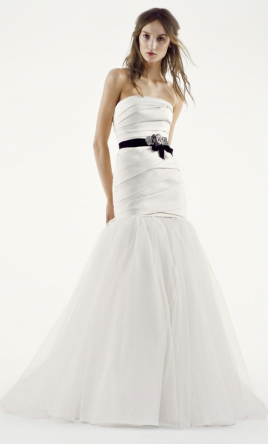 Vera Wang White Fit and Flare Wedding Dress 12