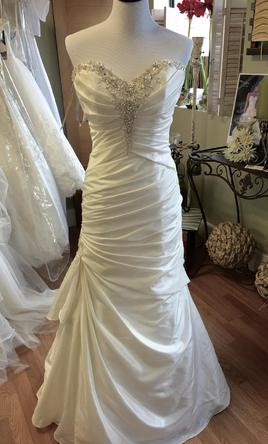 Alfred Angelo 2404 20W
