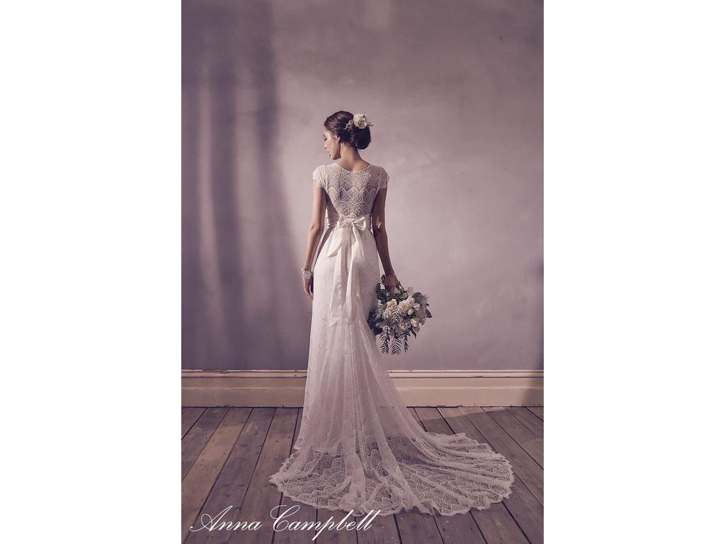 Anna campbell isobelle lace 900 size 6 new un for Anna campbell wedding dress for sale