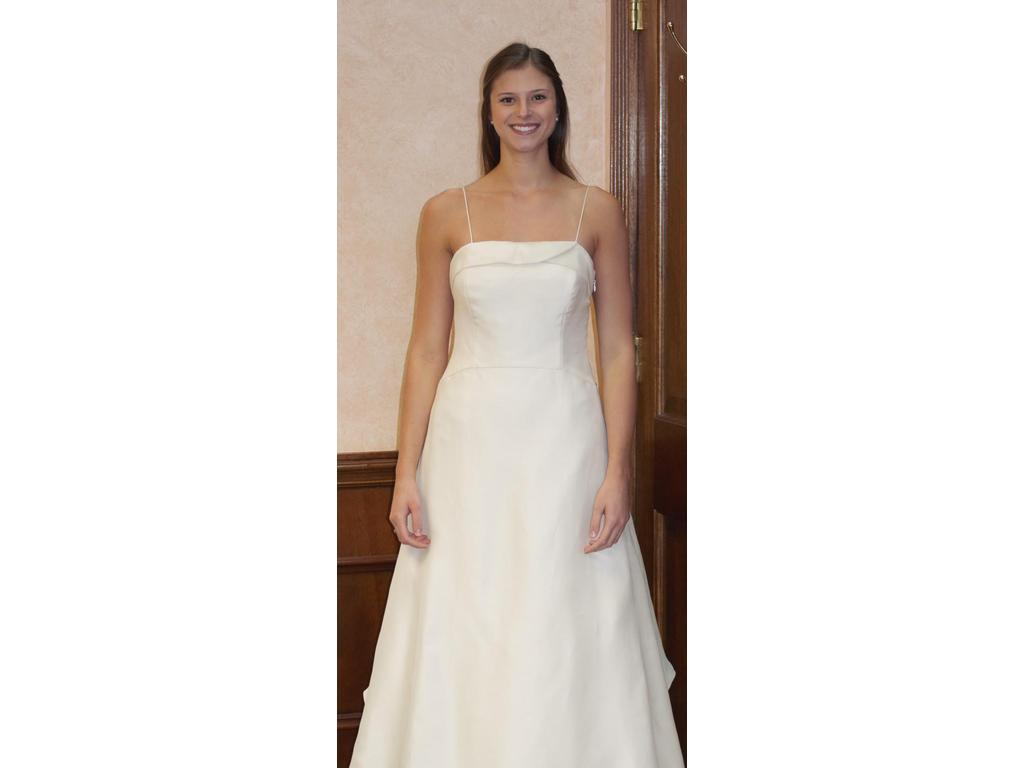 Vera wang 1 500 size 10 used wedding dresses for Vera wang wedding dress used