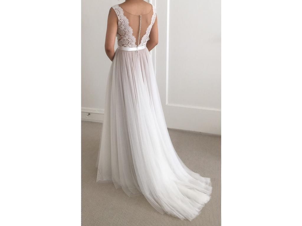 Used Wedding Gowns: Watters Santina, $1,200 Size: 0