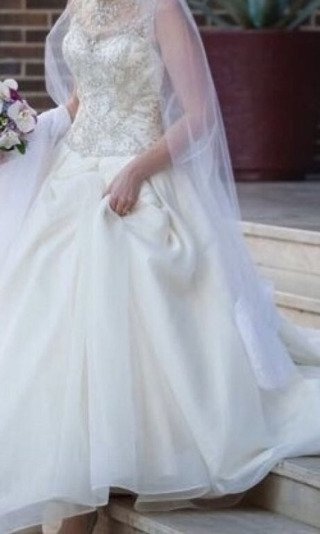 Attractive Dennis Basso Bridal Gowns Ornament - Wedding Dresses and ...