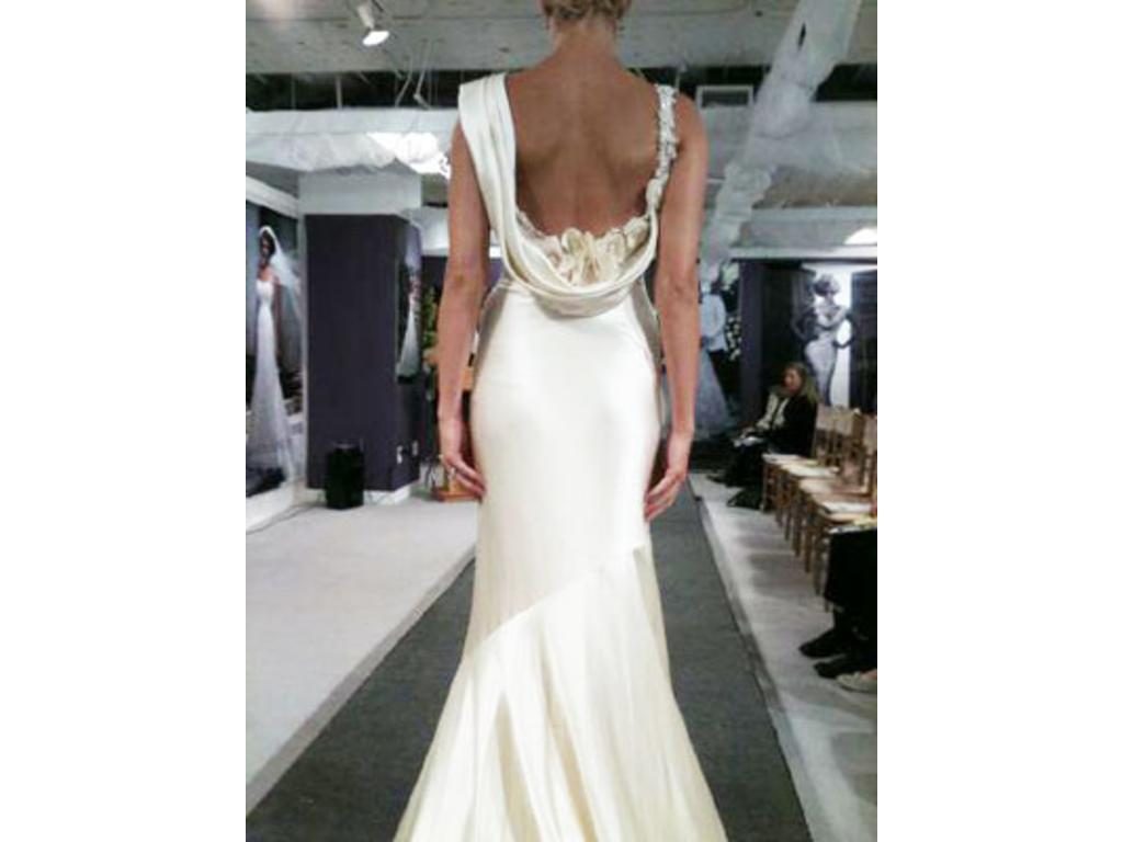 Casablanca cb couture b055 800 size 6 used wedding for Cb couture wedding dresses