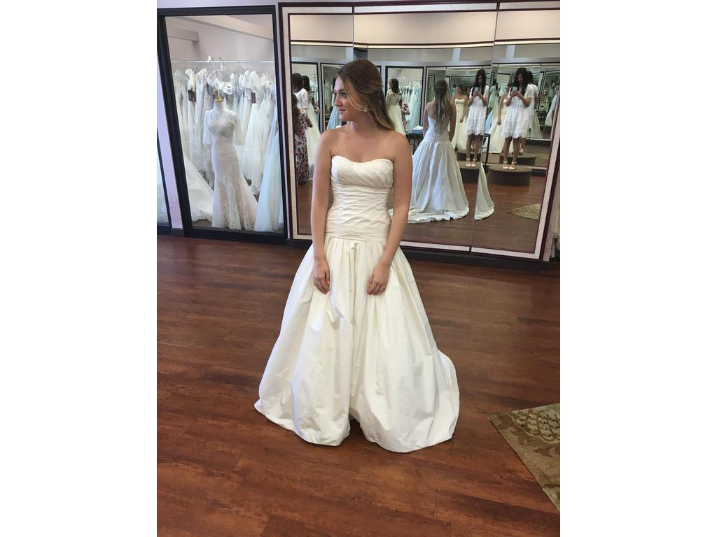 Angelina bridal couture 901 100 size 8 sample wedding for 901 salon prices