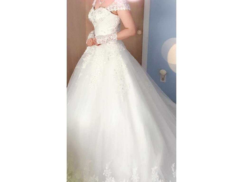 Other 800 Size 4 Used Wedding Dresses