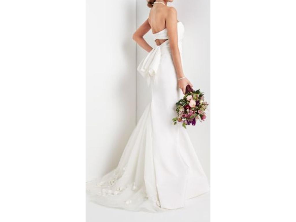 Vera wang nisha dress ivory 1 620 size 10 sample for Vera wang wedding dresses prices list