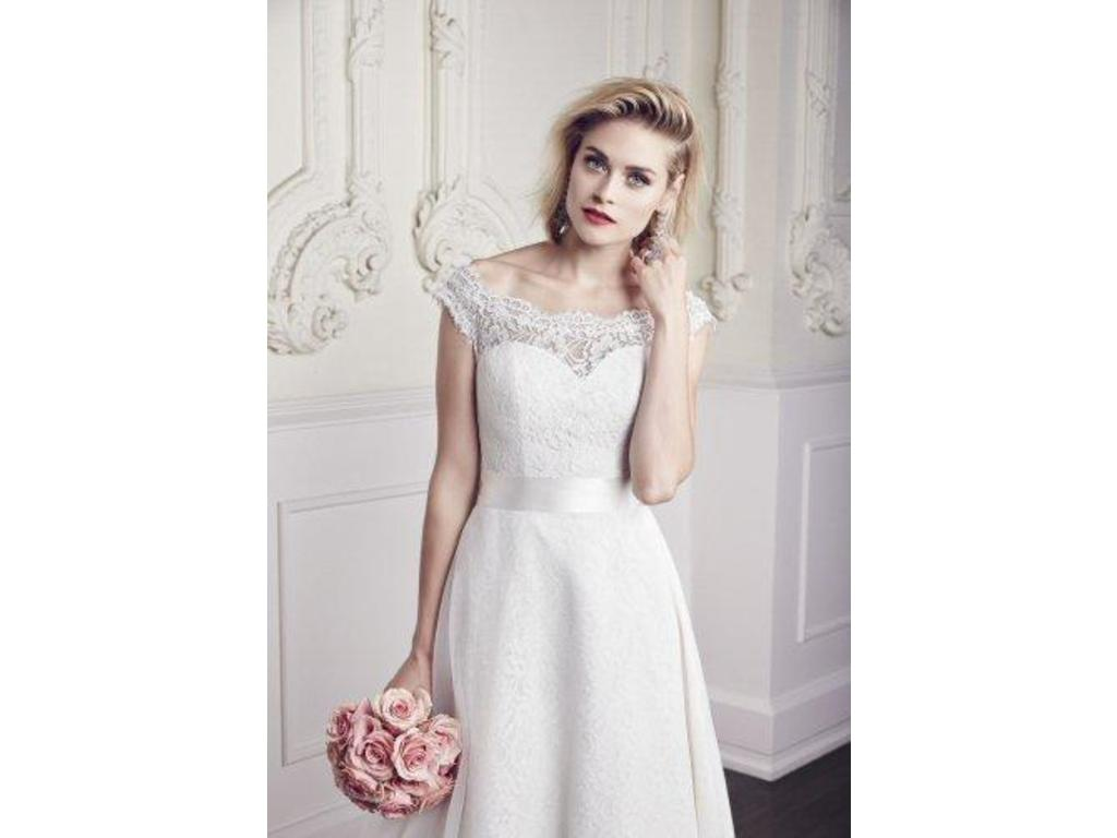 Mikaella wedding dresses for sale preowned wedding dresses mikaella ombrellifo Choice Image