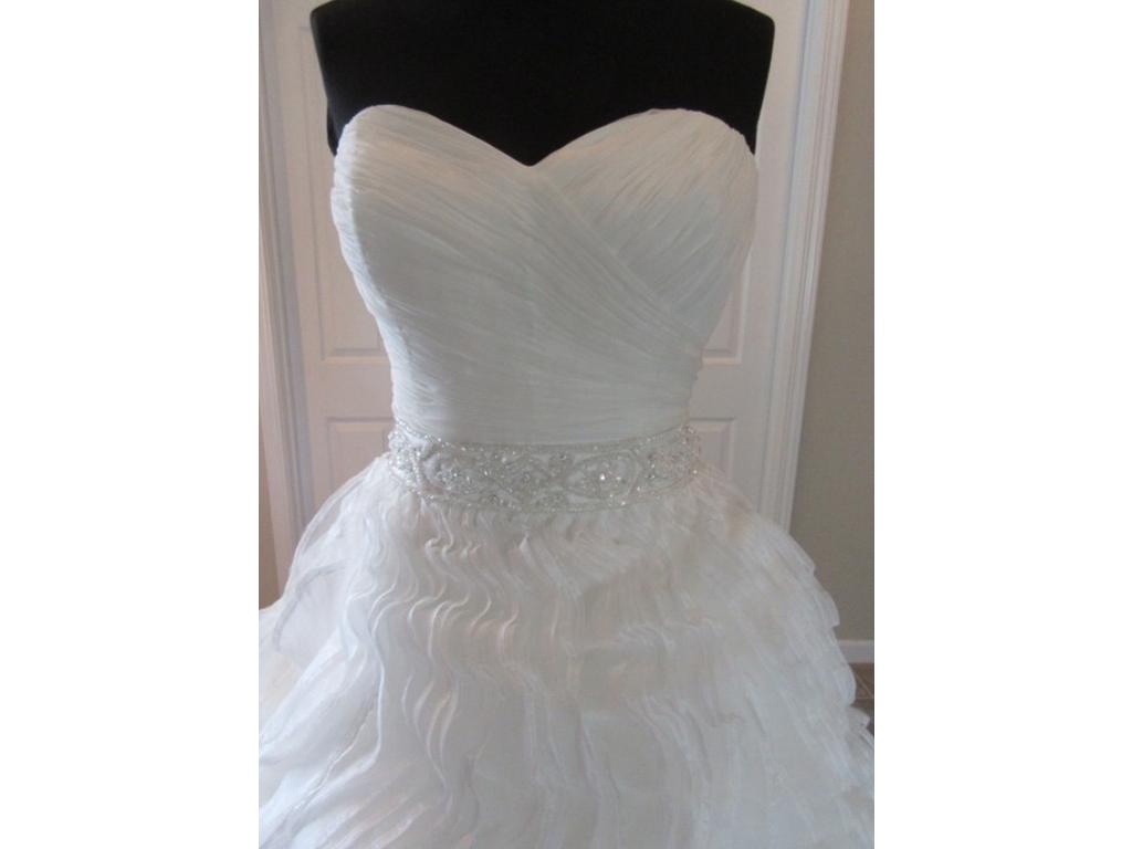 Alfred Angelo Disney Collection #242 Ariel , $400 Size: 8 | New (Un ...
