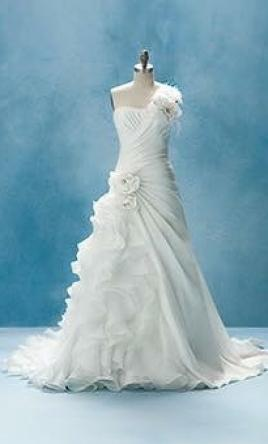 Alfred Angelo 210 10
