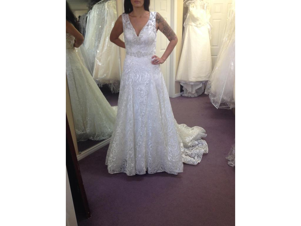 Alfred Angelo 969, $599 Size: 4