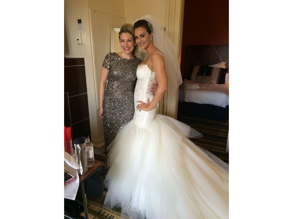 Used Wedding Gowns: Galia Lahav Suzanne , $6,500 Size: 6