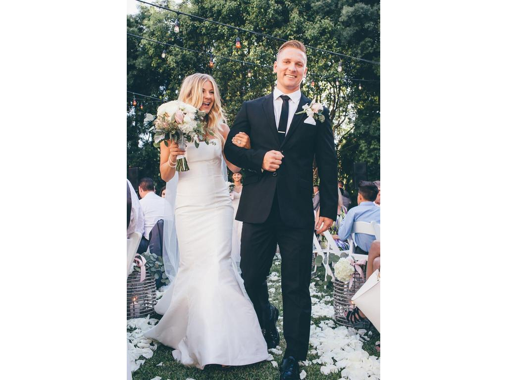 Preowned Wedding Dresses Nyc : Used wedding dresses new york the best flowers ideas