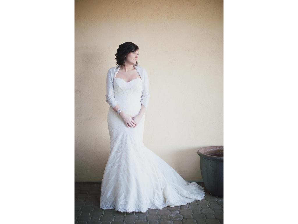 Matthew christopher sofia 1 700 size 14 used wedding for Matthew christopher wedding dress prices