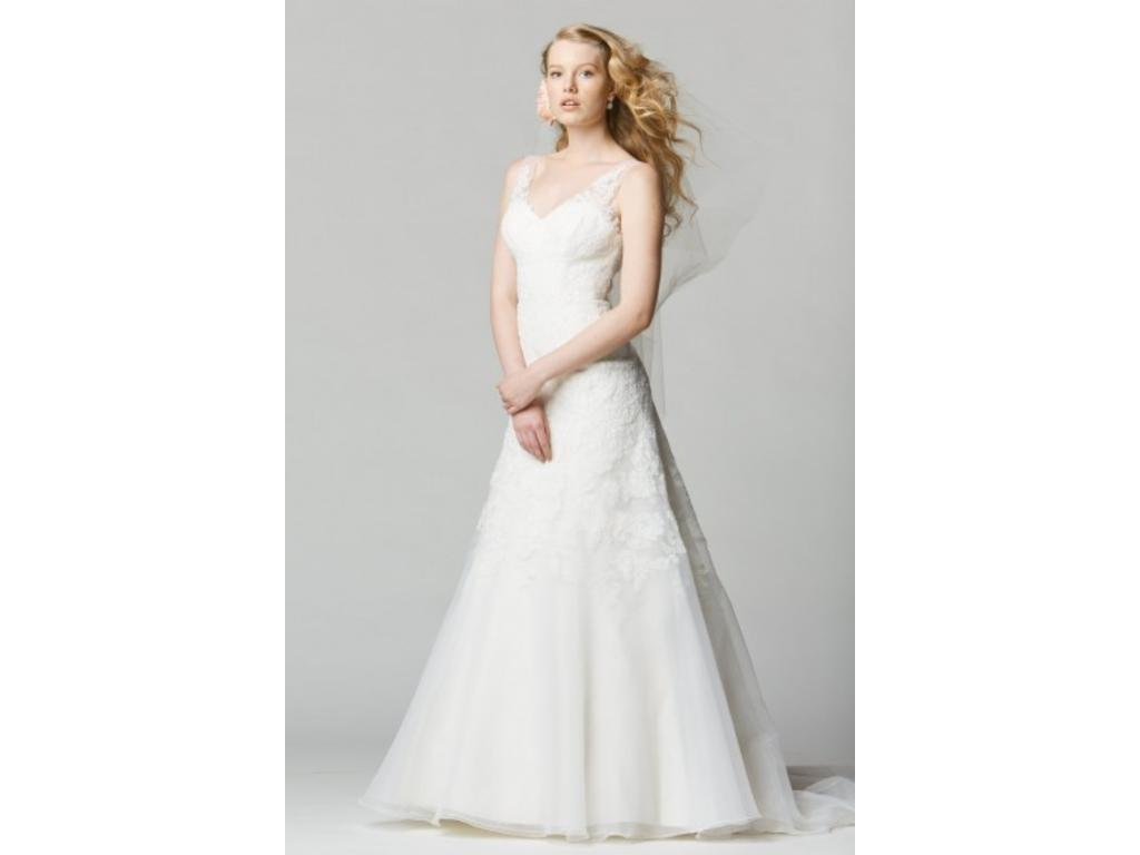 Watters 650 size 14 sample wedding dresses for Wedding dresses size 14