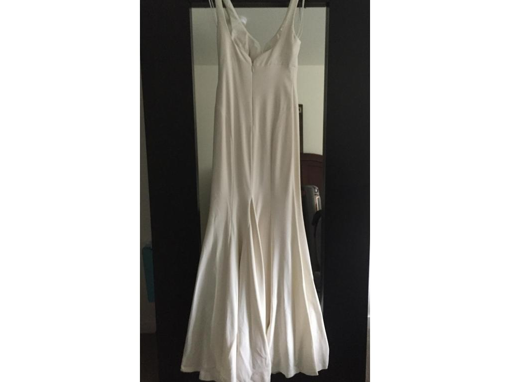 Nicole miller abigail gown 700 size 6 new un altered for Nicole wedding dress prices