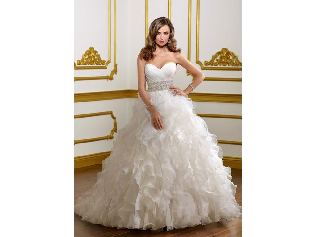 Wedding Dresses For USD 800 : Mori lee buy this dress for a fraction of the salon price on
