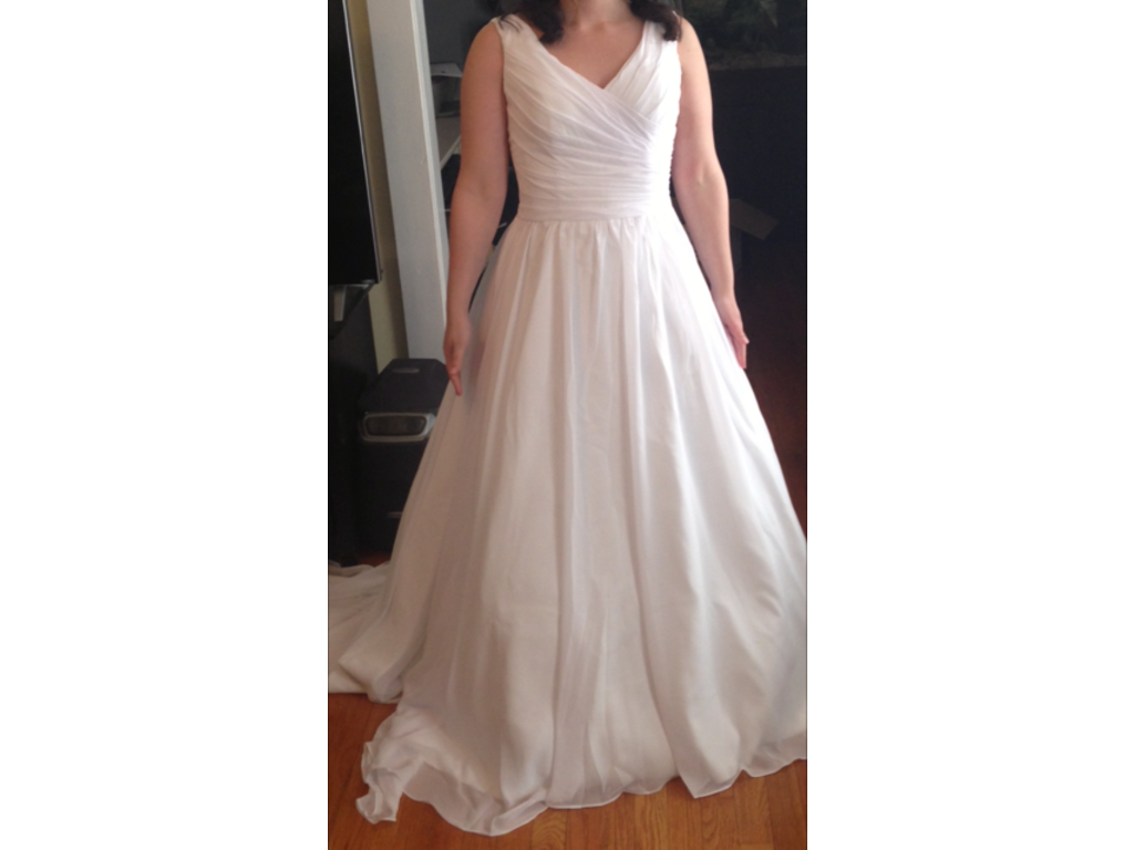 Other queenly v neckline ball gown wedding dress with pl for Buy used wedding dresses online