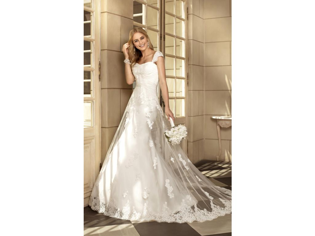 Buy Wedding Dresses New York : Stella york size new altered wedding
