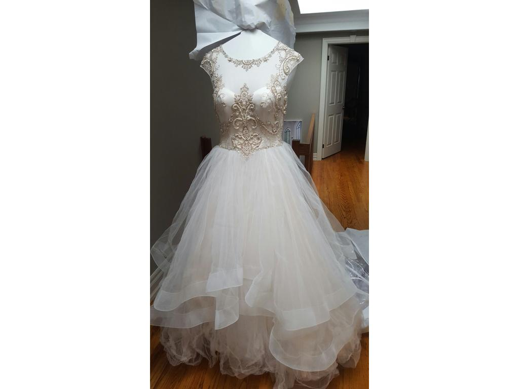 Casablanca b075 1 600 size 4 used wedding dresses for Silver wedding dresses for sale