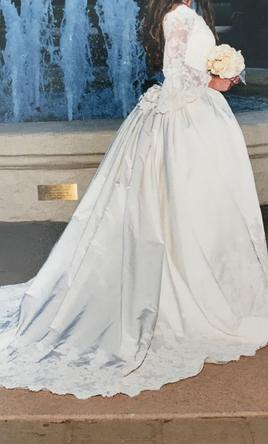 4be6440d36d vintage 1960s saks fifth avenue wedding dress at 1stdibs. pin it ...