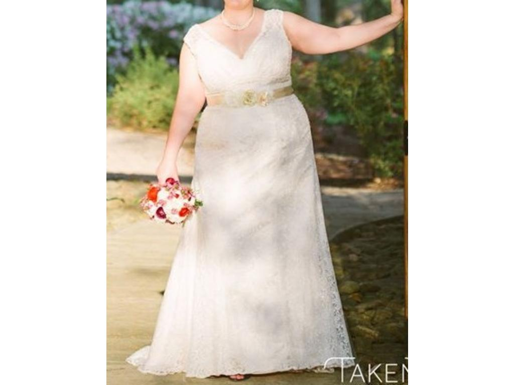 David 39 s bridal beaded cap sleeve lace plus size wedding for Wedding dresses for under 300