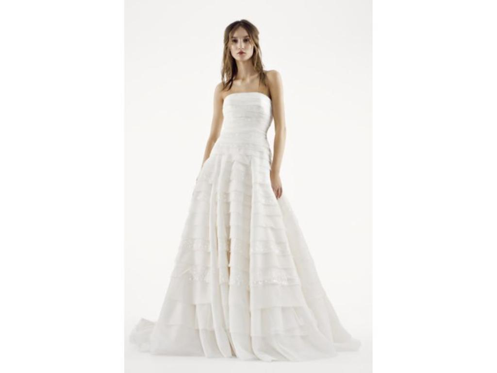 Vera wang white vw351221 399 size 6 used wedding dresses for Vera wang wedding dress used