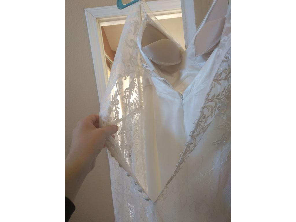 Wedding Dresses For USD 800 : David s bridal size used wedding dresses