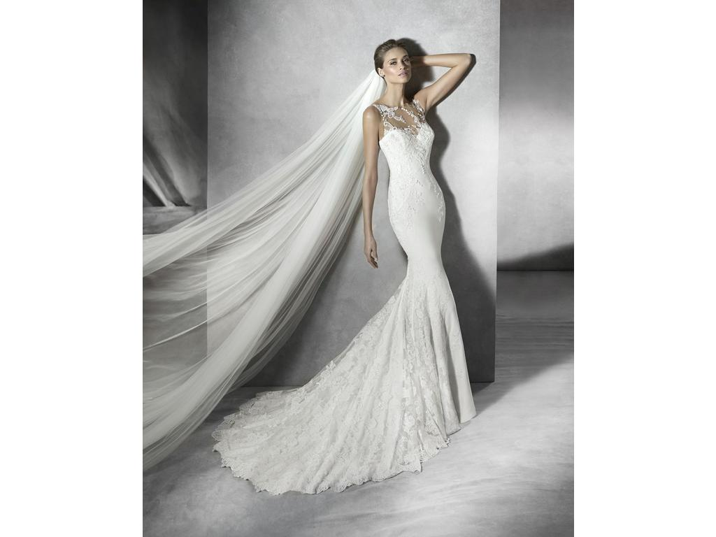 Used Wedding Gowns: Pronovias Prunelle, $1,190 Size: 4