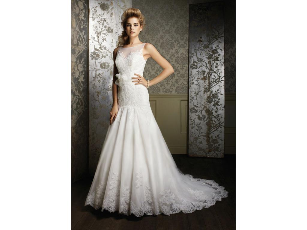 Alfred Angelo Sapphire Collection Style 885 350 Size 14 Used