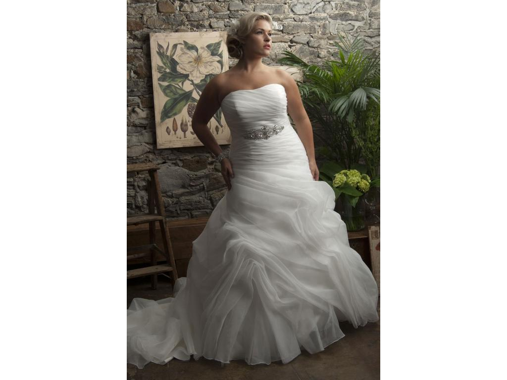 Other Tampa, $965 Size: 24W | Sample Wedding Dresses