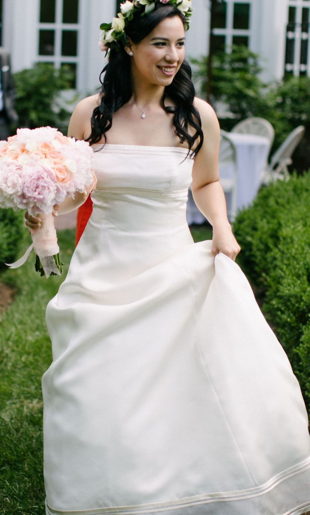 Vera Wang Emily Luxe Collection Wedding Dress, $1,000 Size: 14 ...