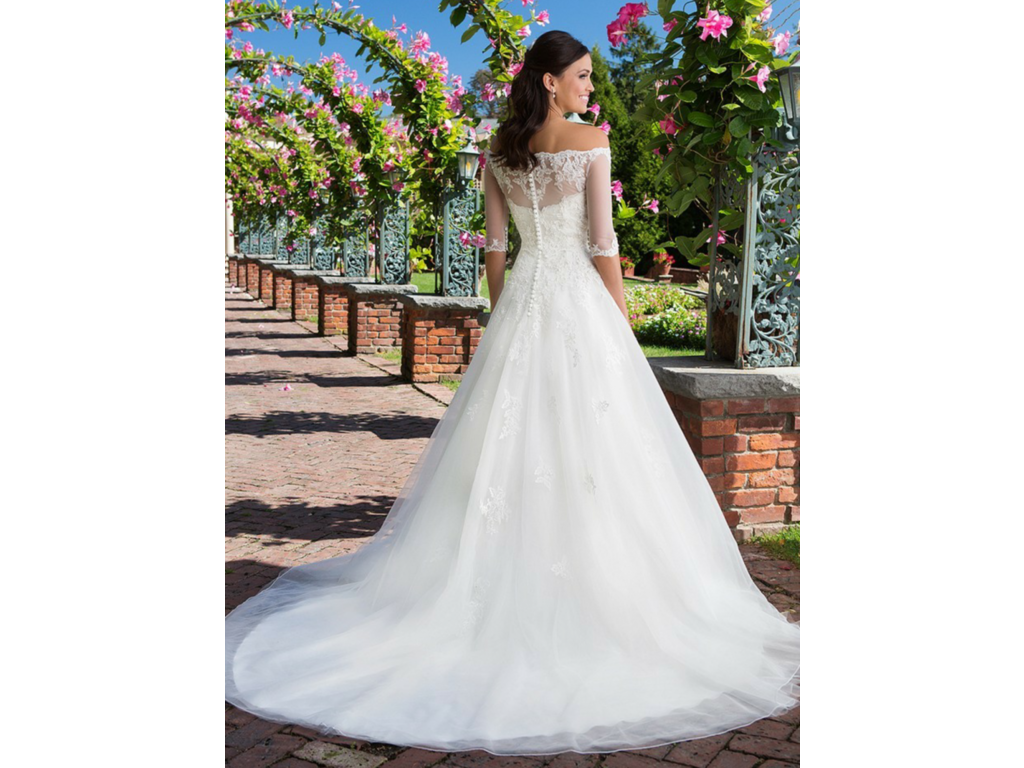 Sell your wedding dress houston tx christopher sophia for Sell my used wedding dress