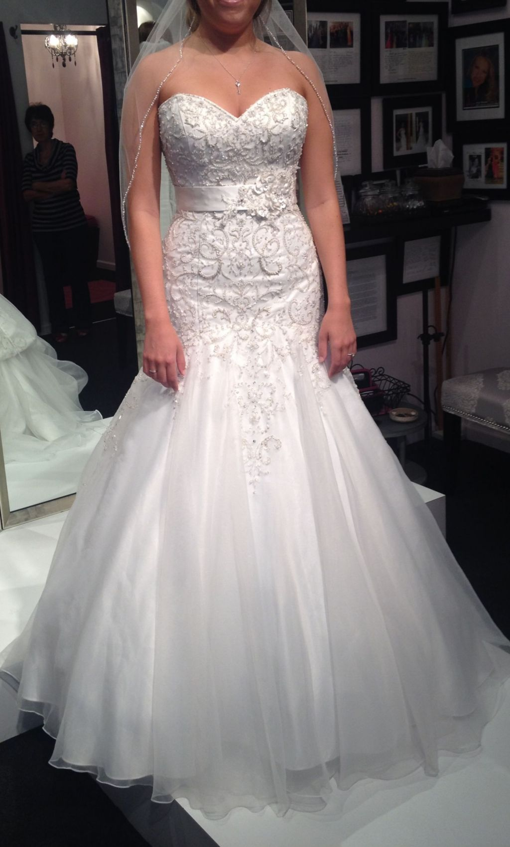 Other landa 873 from brizan couture in chicago 1 700 for Sample wedding dresses chicago