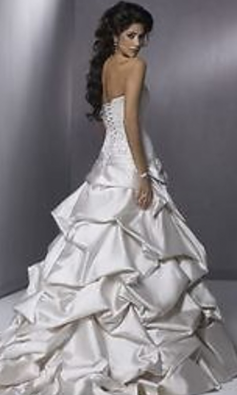 Maggie Sottero McCall, $599 Size: 16W | Used Wedding Dresses