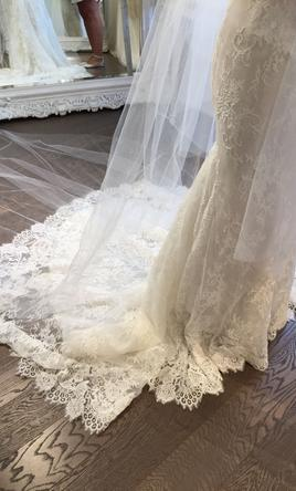 Ines di santo lara 4 000 size 4 used wedding dresses for Ines di santo wedding dresses prices