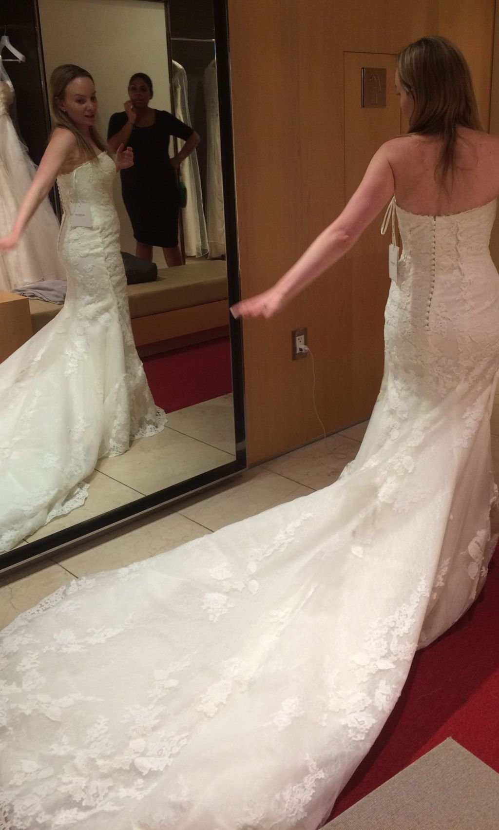 Pronovias primael 1 000 size 2 used wedding dresses for Pre owned wedding dresses