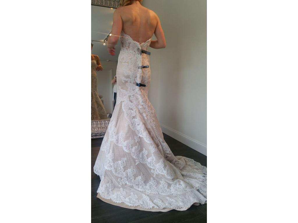 Matthew christopher emma 2 599 size 10 sample wedding for Matthew christopher wedding dress prices