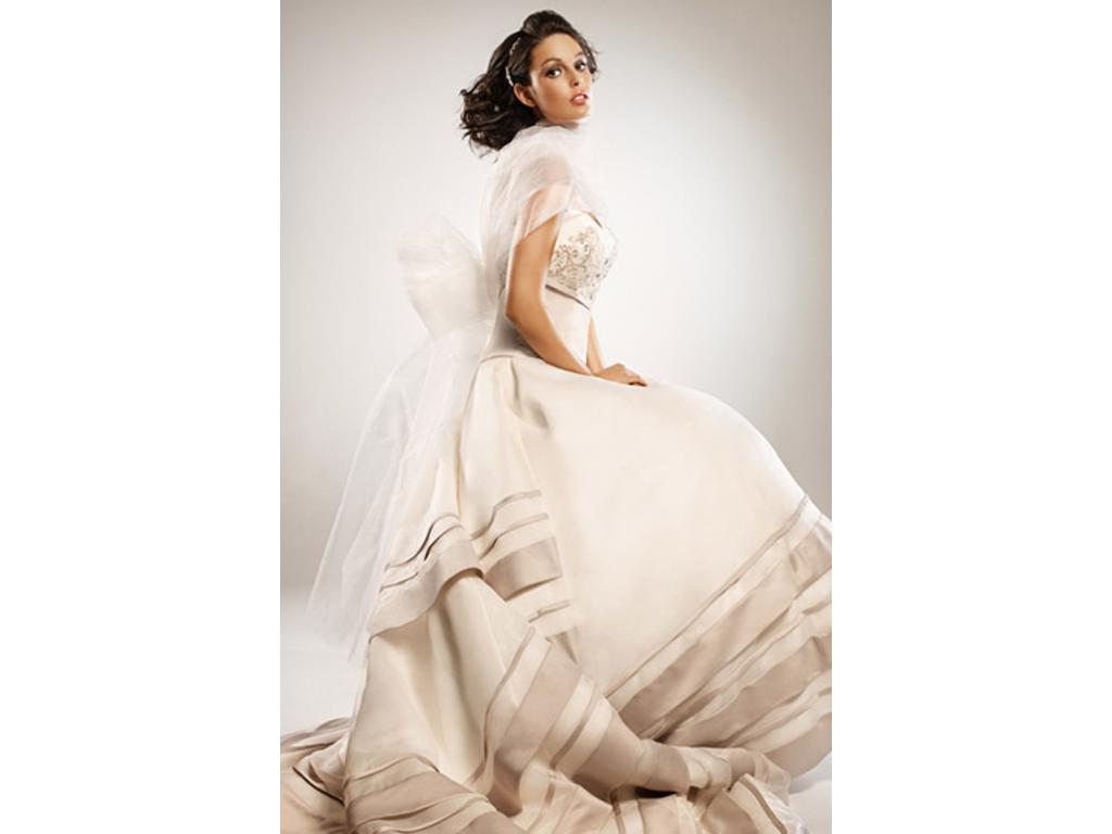 Eden Bridals $625 Size: 12 | Used Wedding Dresses